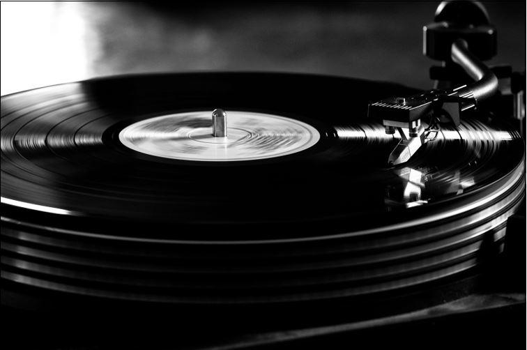 DJ KAREN et DJ KEKKE bousculent la scène hip-hop Tokyoïte